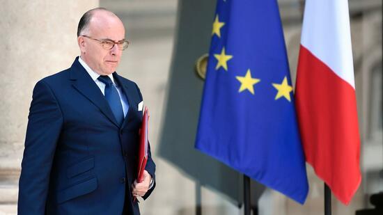 Französische Regierung tritt nach Wahlsieg von Macron zurück