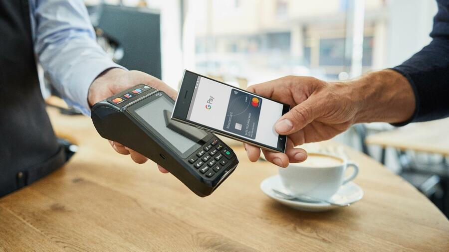 Bargeld und EC-Karte haben auch in Deutschland bald ausgedient
