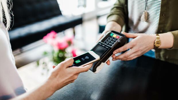 Zahlungsverhalten: Die Bezahl-App der Sparkassen wird häufiger heruntergeladen – aber selten genutzt
