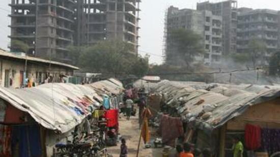Immobilienmarkt dreht sich indien neue h user braucht for Billige wohnungen