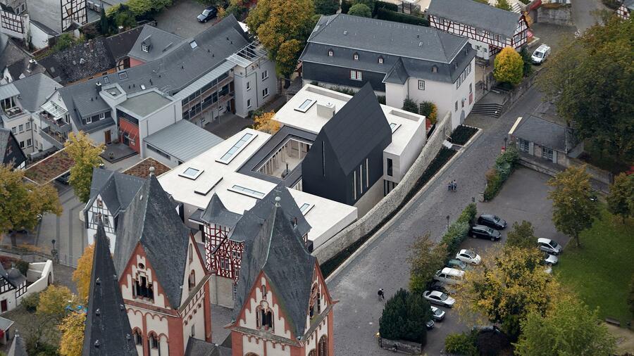 Baustopp wegen zu hoher Umbaukosten Neuer Skandal Protz-Bischof-Wohnung