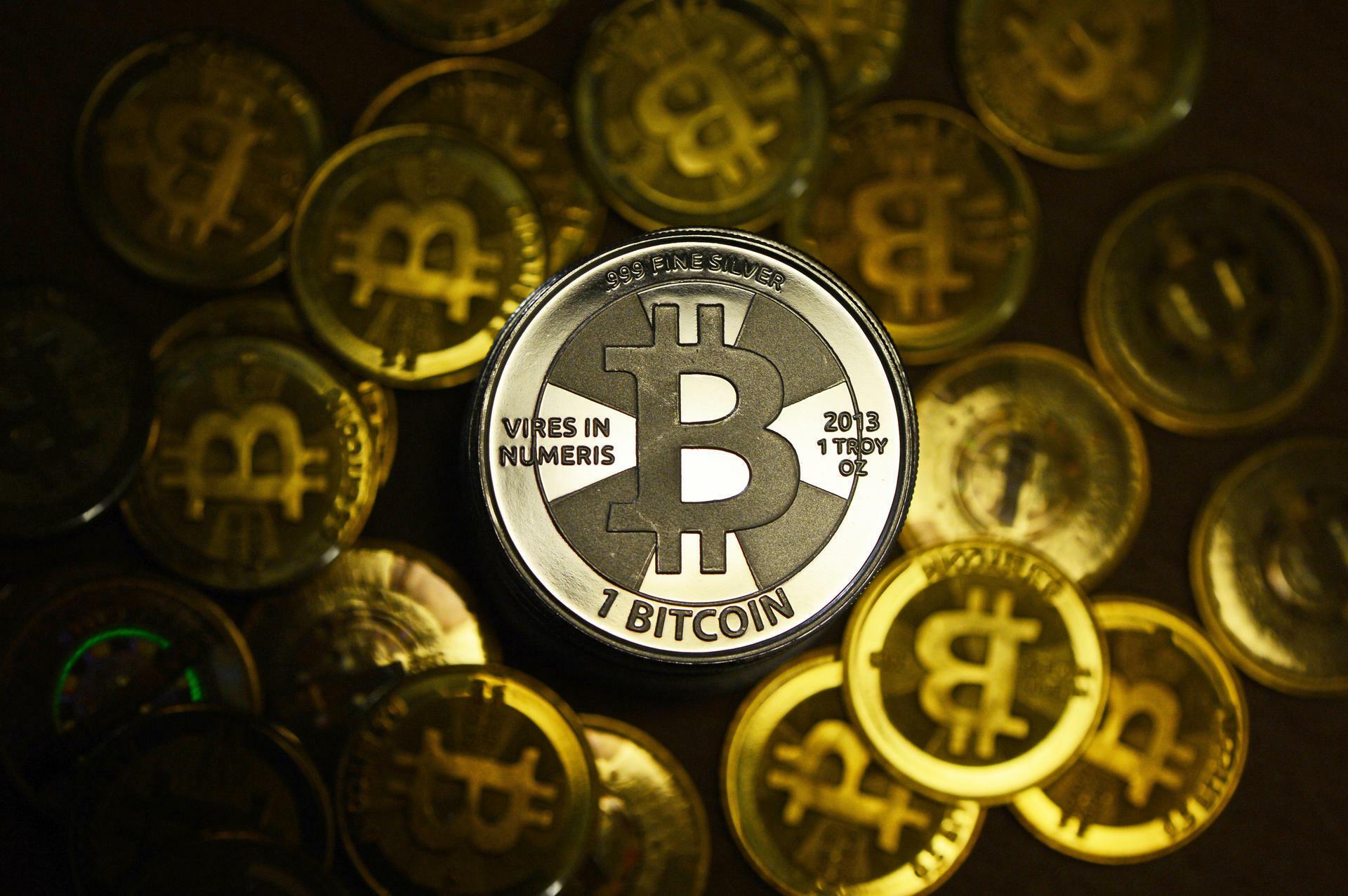 forex triangular arbitrage formula was passiert, wenn die cme group mit dem handel mit bitcoin beginnt?