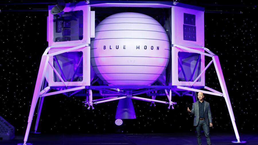 """Amazon-Chef Bezos präsentiert erstmals seine Mondlandefähre """"Blue Moon"""""""