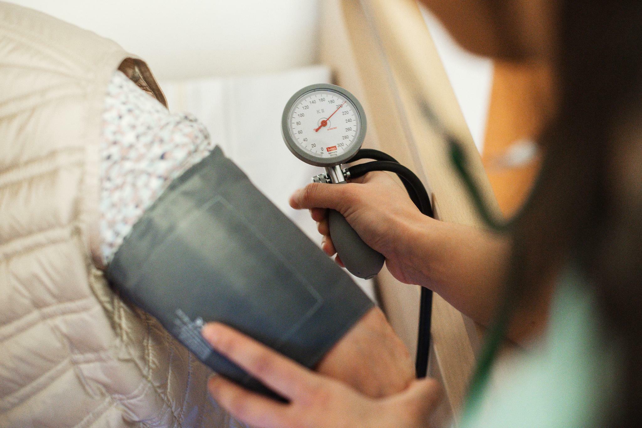 Wirkung von Blutdrucksenkern bei abendlicher Einnahme oft günstiger