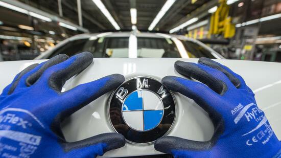 BMW-Chef kündigt 25 Elektromodelle bis 2025 an