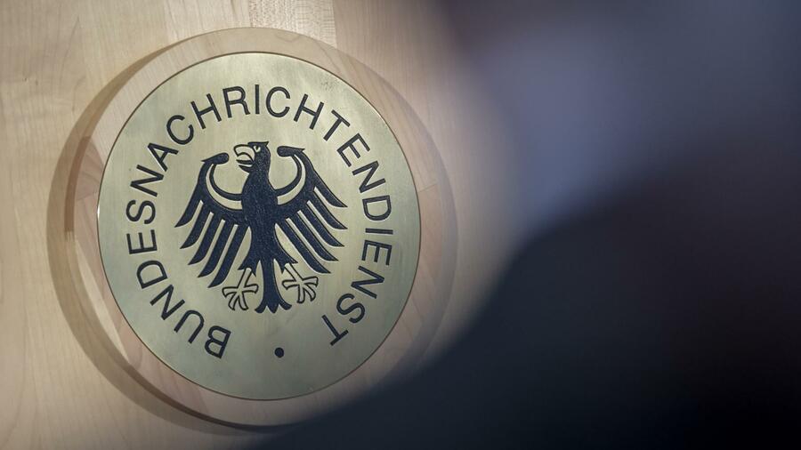 Der deutsche Geheimdienst soll in den 90ern kleine Mengen des Nervengifts Nowitschoks ins Land geholt und erforscht haben. Quelle dpa