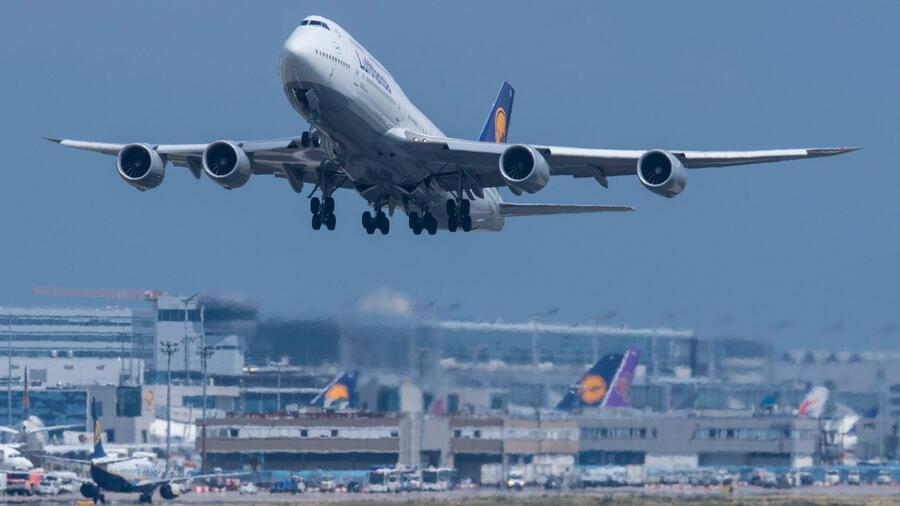 Nach New York Lufthansa Fliegt Wieder Langstrecke Aus Berlin