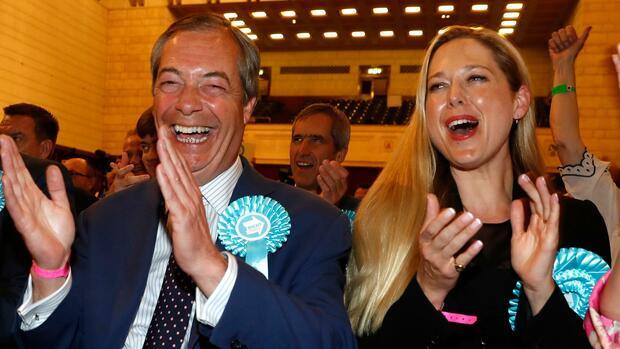 europawahl farages brexit partei triumphiert in. Black Bedroom Furniture Sets. Home Design Ideas