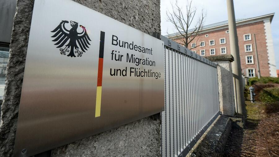 http://handelsblatt.com/images/bundesamt-fuer-migration-und-fluechtlinge/21196112/2-format2020.jpg