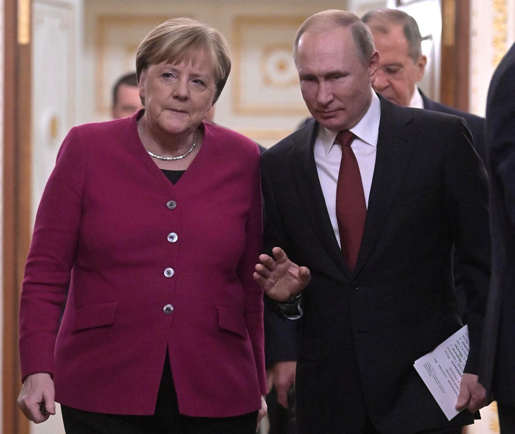 Treffen im Kreml: Merkel sucht in Moskau Putins Unterstützung