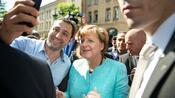 Interview: Wie Angela Merkel die AfD vor dem Untergang bewahrte