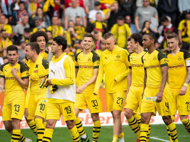Welcher Druck? Dortmund bleibt Bayern auf den Fersen