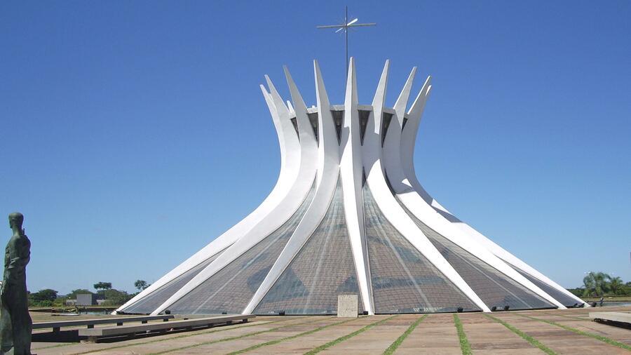 Moderne kirchen gott wohnt auch in glas und beton - Att architekten ...