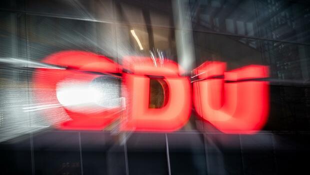 """Kampf um den Parteivorsitz: """"Drei respektable Kandidaten und eine Reserve in Bayern"""" – Das sagt die Wirtschaft zur CDU-Führungsfrage"""