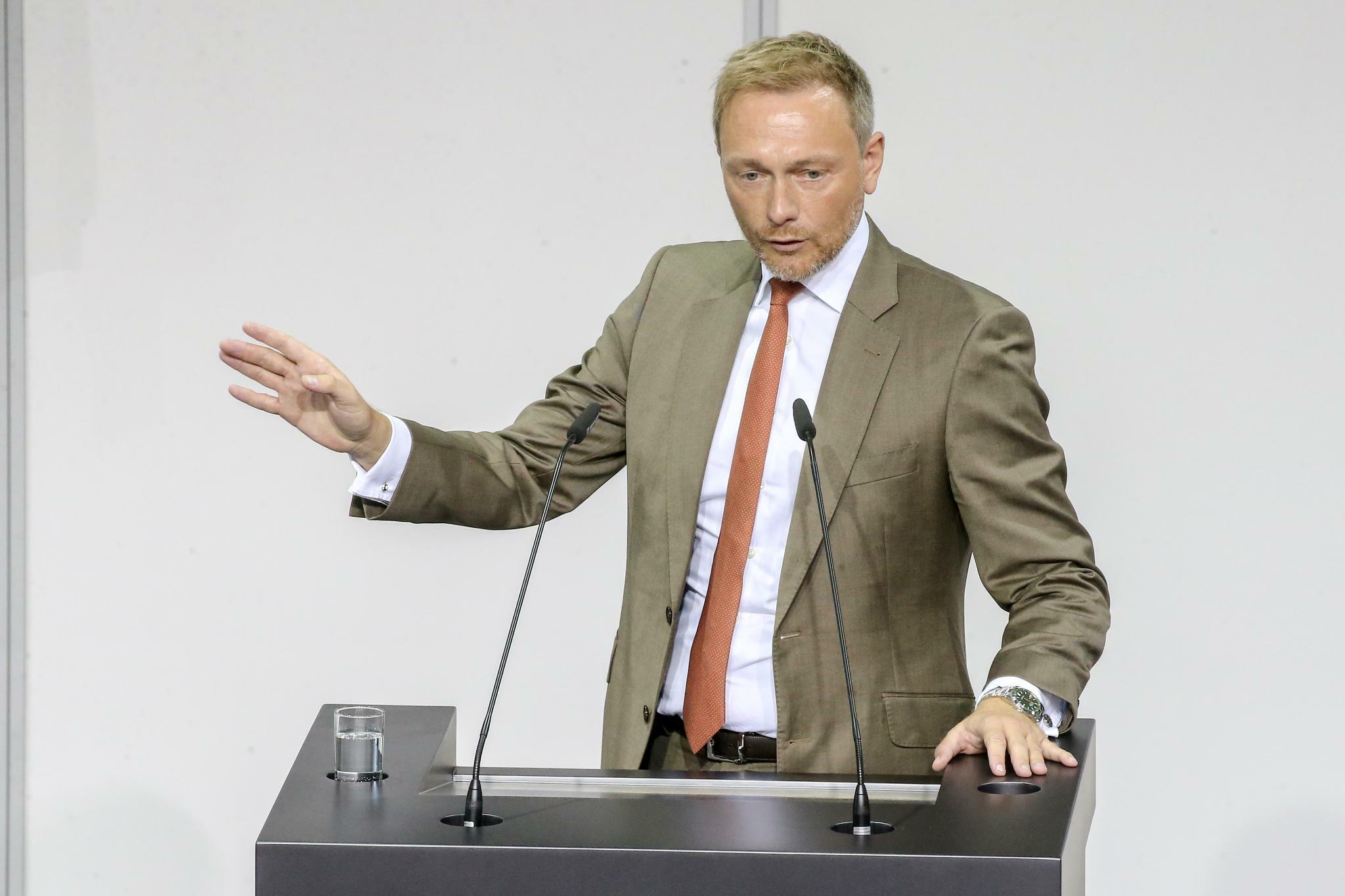 FDP: Lindner droht Scholz beim Soli-Abbau mit Verfassungsklage