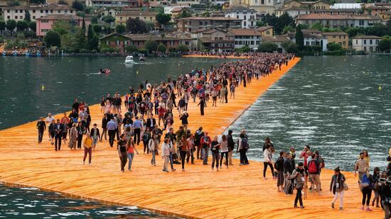 "Christo Projekt ""Floating Piers"""