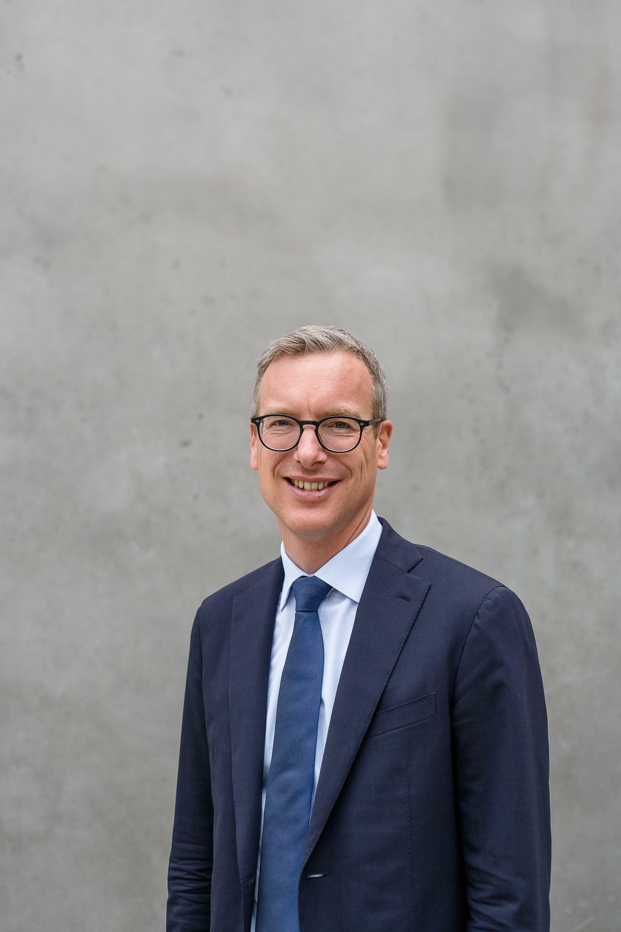 """Munich-Re-Finanzchef: """"Ein CO2-Preis muss wehtun"""""""