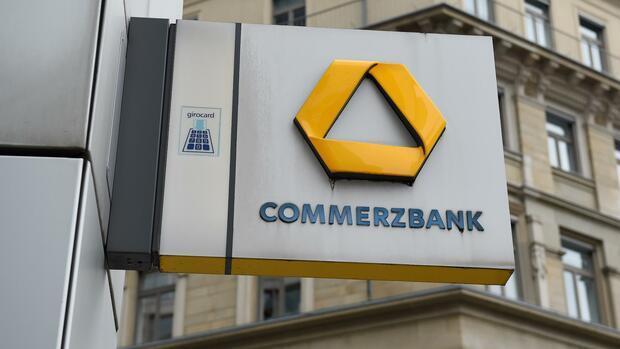 Die ersten Geldhäuser streichen Freibeträge bei Strafzinsen