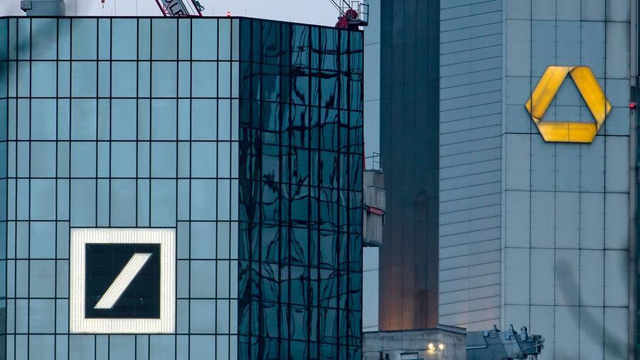 Mächtiger Großaktionär sieht Banken-Fusion skeptisch