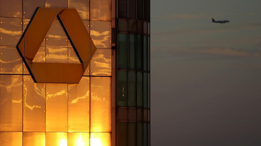 Il nervosismo con la gestione della banca è probabilmente al momento ottimo.  Fonte: Reuters