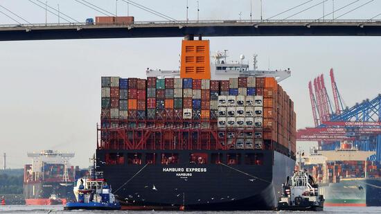 Deutschlands größte Containerreederei rechne mit sinkenden Gewinnen. Quelle: Reuters