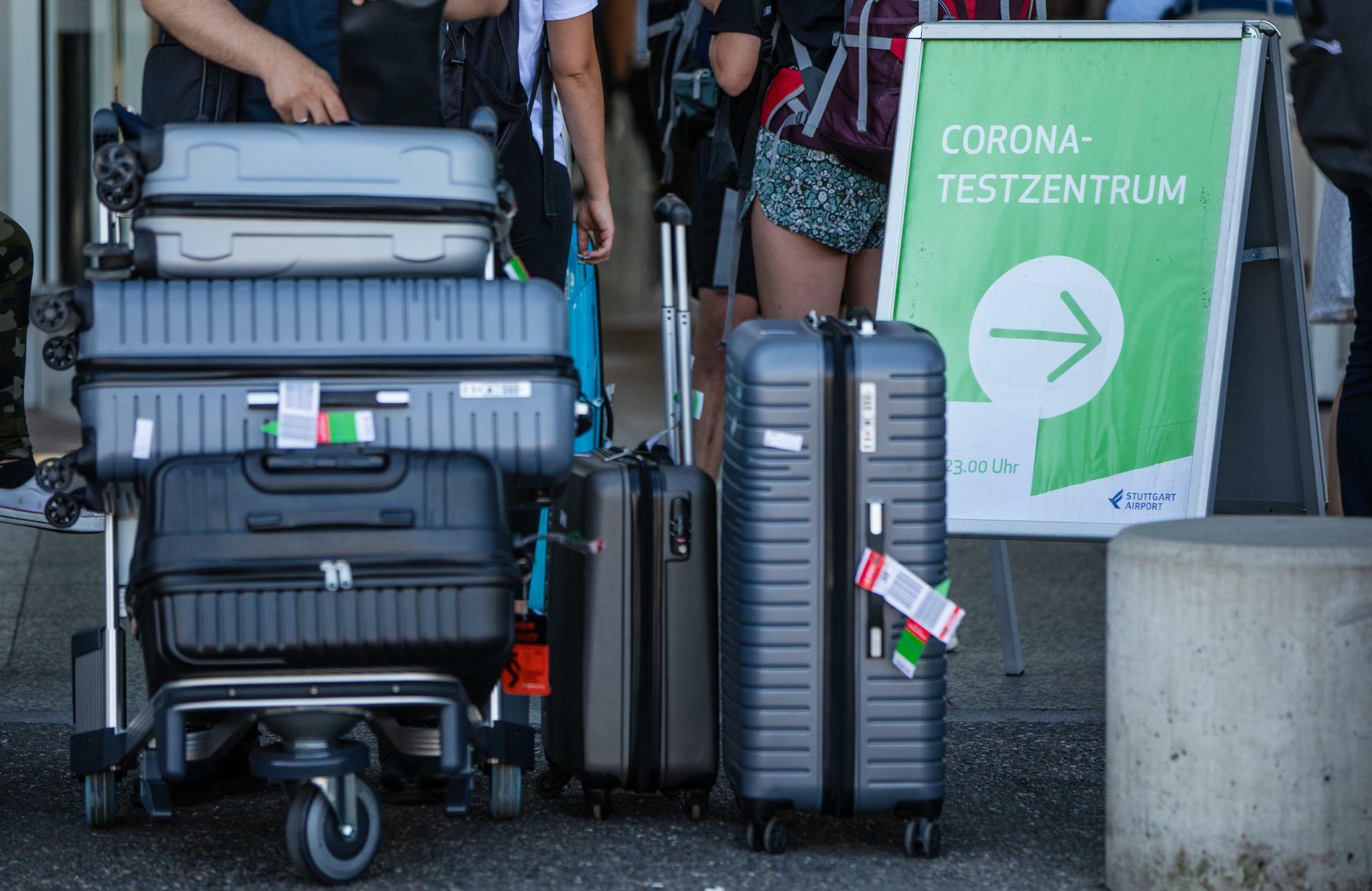 Corona Test Fluggäste sollten nicht auf Schnelltests hoffen