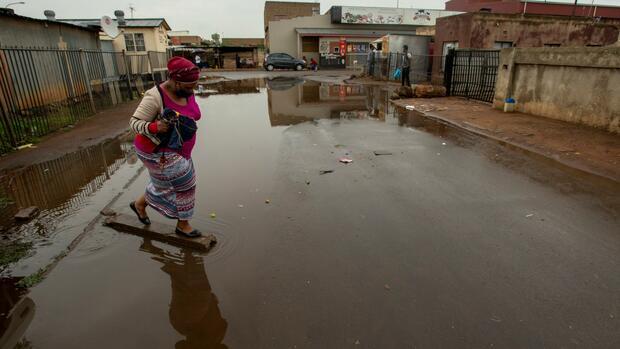Oxfam beim World Economic Forum: Corona-Pandemie vergrößert Spaltung zwischen Arm und Reich