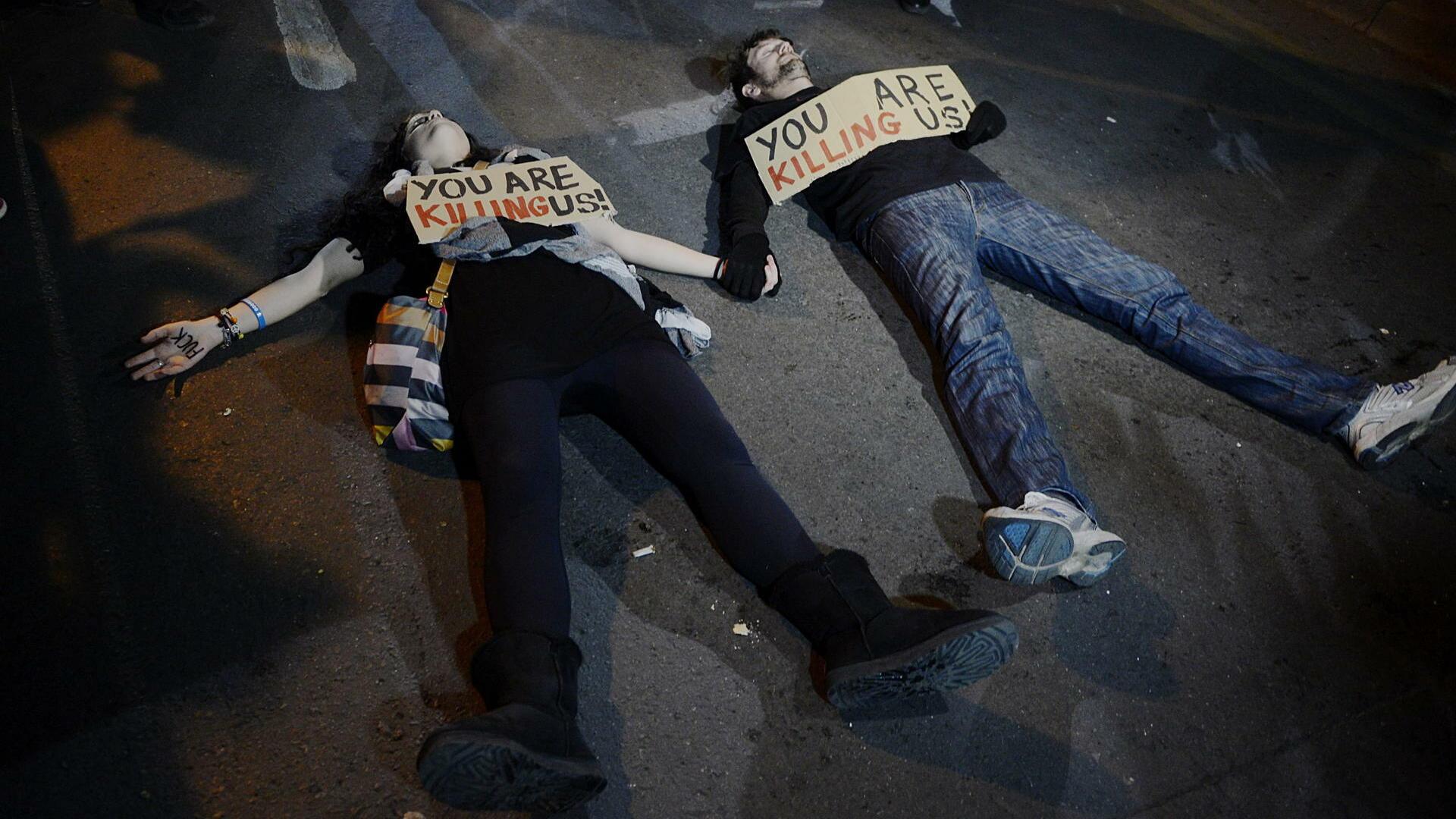 Proteste gegen die Sparauflagen: Wie die Zyprer die Kanzlerin verunglimpfen