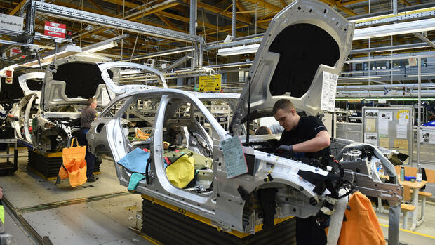 Abgas manipulation staatsanw lte ermitteln gegen daimler for Daimler mitarbeiter angebote