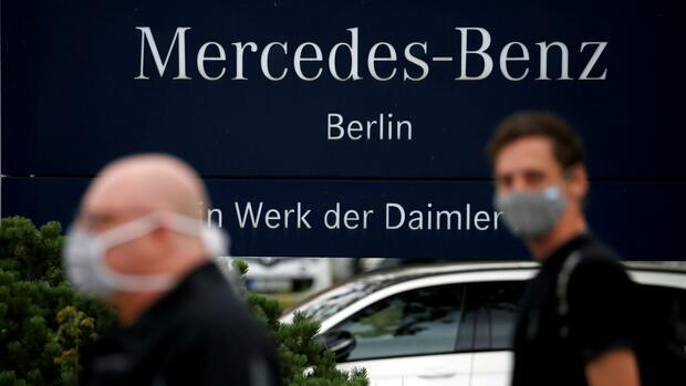 Einigung bei Autobauer: Daimler baut Berliner Motorenfabrik zu Digitalcampus um – Hunderte Jobs wackeln - Handelsblatt