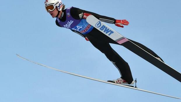 Skispringen: Freitag in Oberstdorfzur Halbzeit Zweiter hinter Tande
