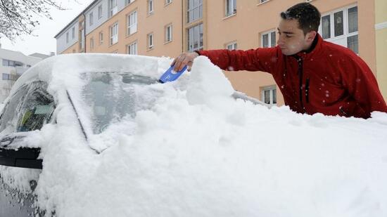 winter tipps f r autofahrer heckscheibe darf zugefroren bleiben. Black Bedroom Furniture Sets. Home Design Ideas