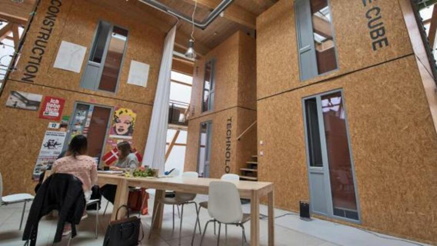 cubity in frankfurt wenn studenten in kleinen w rfeln wohnen. Black Bedroom Furniture Sets. Home Design Ideas