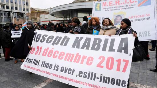 Kongo sperrt Internet und SMS-Dienste