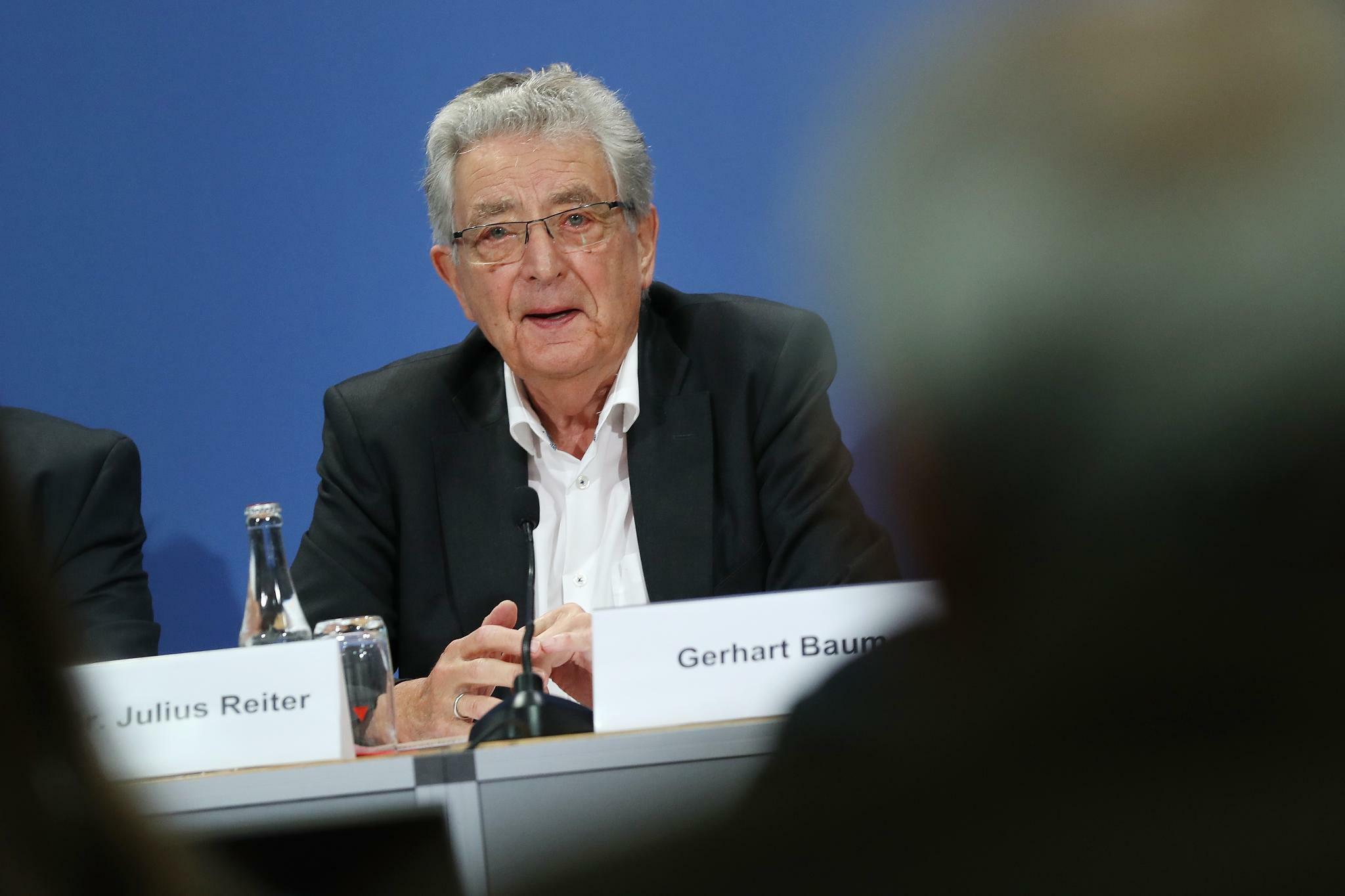 Gerhart Baum: Rechtsextremismus ist heute gefährlicher denn je