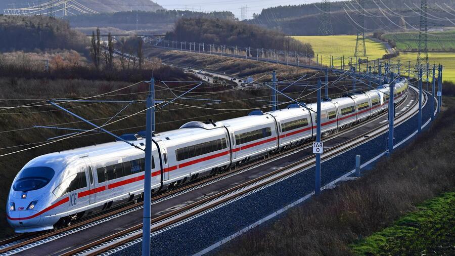 Die Sperrungen auf den ICE-Strecken dürften die Pünktlichkeitsquote der Bahn weiter strapazieren. Quelle dpa