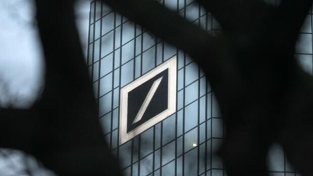 Fürs Aktiengeschäft: Deutsche Bank rekrutiert Berufsanfänger
