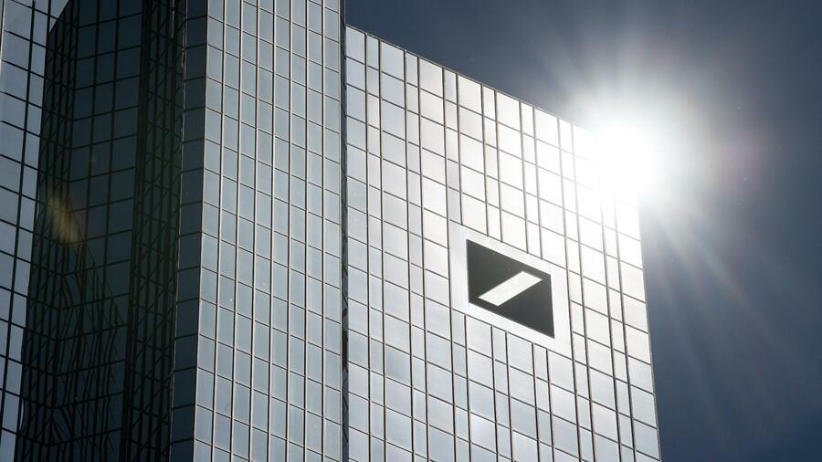 Deutsche Bank rutscht im europäischen Investmentbanking auf Platz vier ab