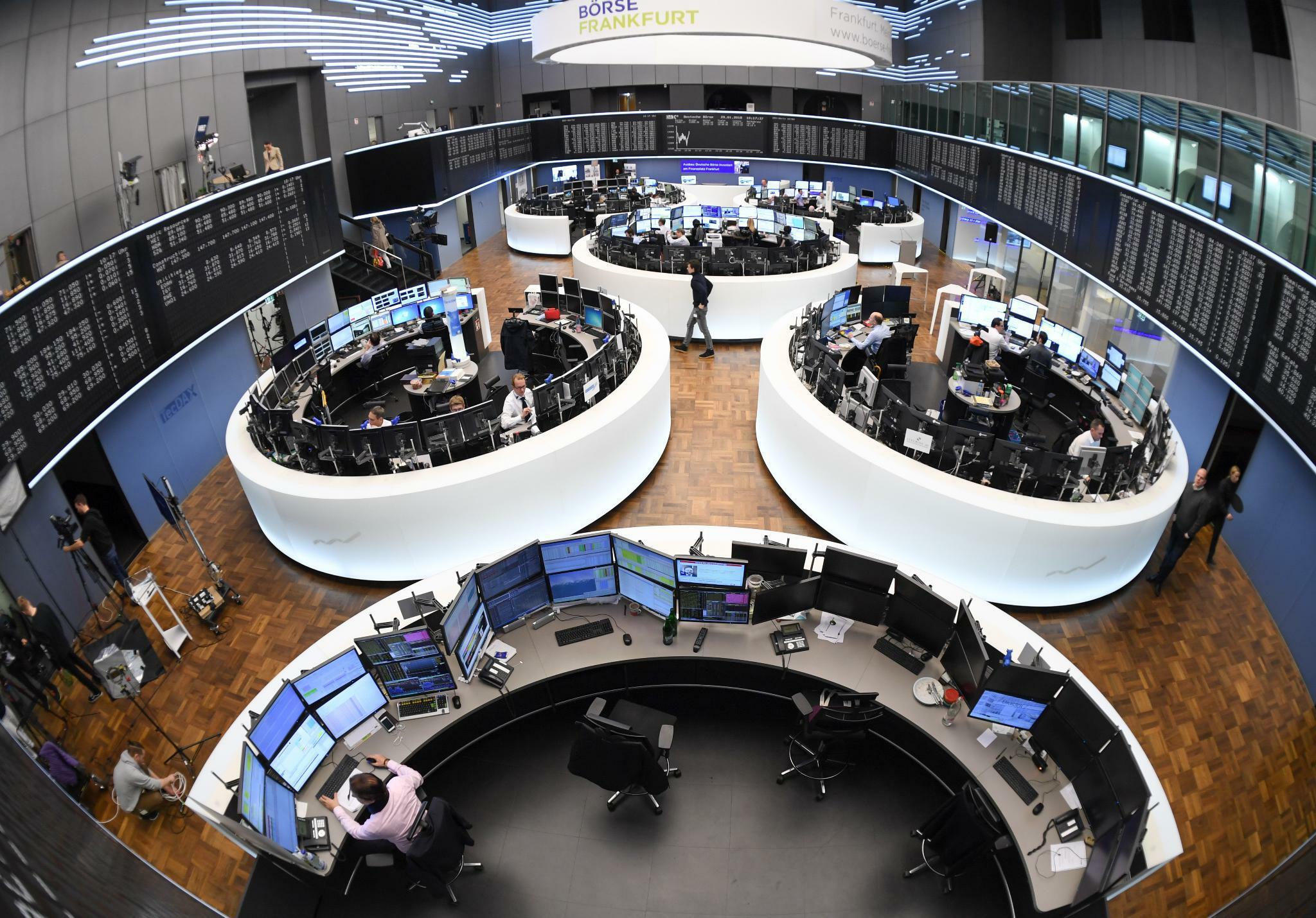 Dax schließt im Minus – Deutsche Bank und Coba mit heftigen Verlusten