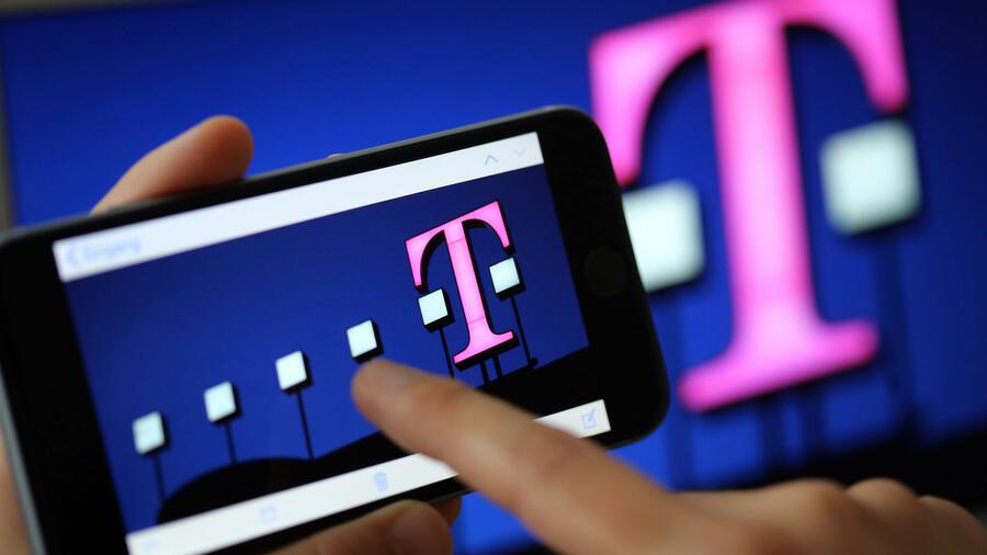e0decf4fb3157b Zusammenarbeit im Cloud-Geschäft  Telekom attackiert Amazon