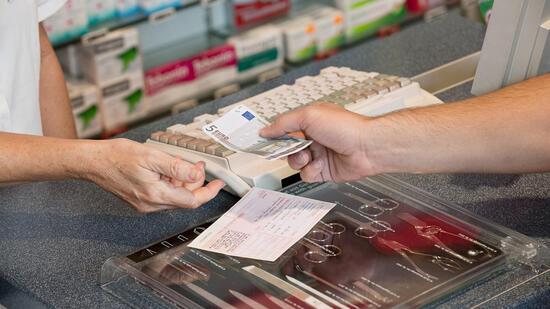 Zahl der gesetzlich Versicherten schnellt auf Rekordhoch