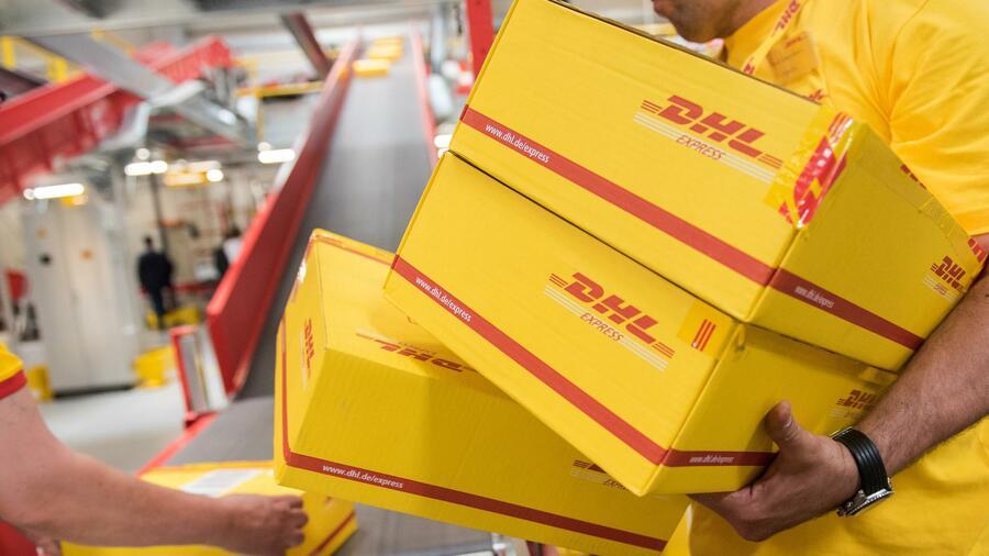 Deutsche Post Tochter Dhl Hebt Paketpreise Für Geschäftskunden An