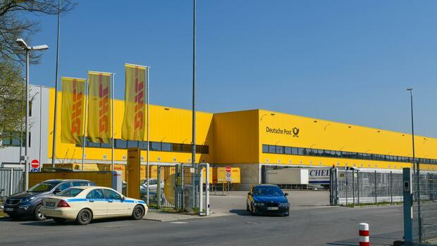 Eigene Immobilien: Warum die Deutsche Post künftig lieber selbst baut statt zu mieten