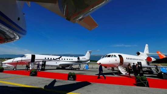 Manager fliegen gerne in Ruhe und in gediegener Atmosphäre. Welche Airports Businessjets in Europa am häufigsten ansteuern hat das Marktforschungsunternehmen Wingx Advance herausgefunden. Darunter sind auch zwei deutsche. Die bekannten Verkehrsflughäf