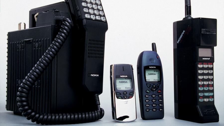 Die Ersten Mobiltelefone