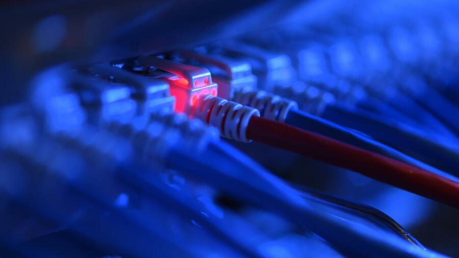 Rund vier von zehn Unternehmen hatten 2017 schnelles Internet