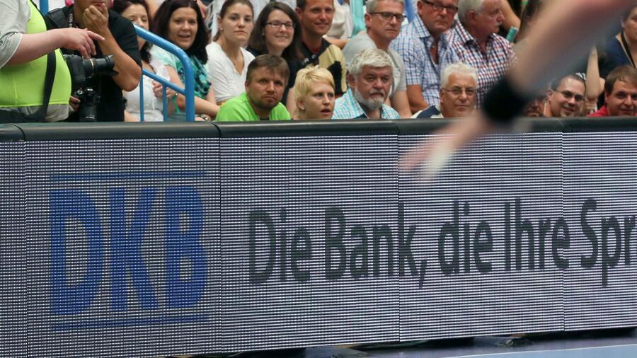 Dkb Direktbank Strebt Ziel Von Vier Millionen Kunden An