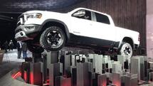 Highlights der Automesse in Detroit: Viel Heavy Metal, wenig Hightech