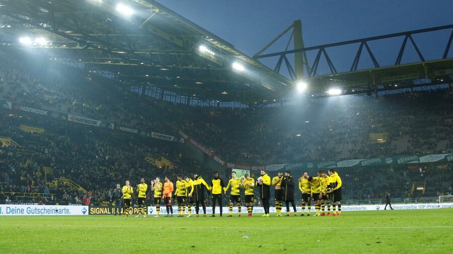 Nächste Schallmauer durchbrochen Bundesliga-Boom: Profiklubs verbuchen neuen Umsatzrekord