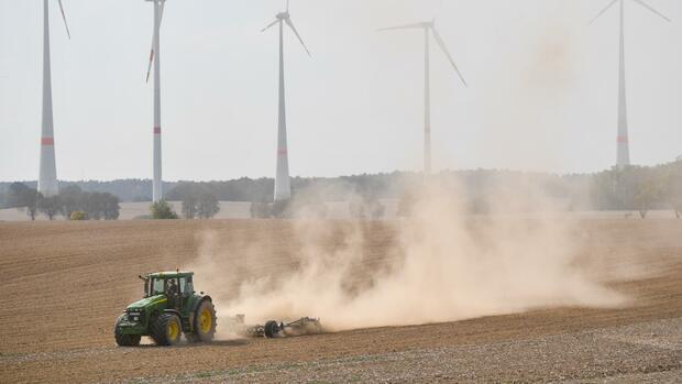 Landwirtschaft: Dürrehilfe: Knapp 292 Millionen Euro an Bauern ausgezahlt